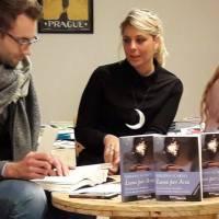 """L'autrice Virginia Scarfili ci racconta la sua opera """"Luna per Aria""""."""