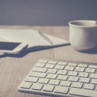 Come continuare a pubblicare, se una casa editrice vi ha legato mani e piedi con un contratto? Ecco la soluzione (che già praticano in molti)!