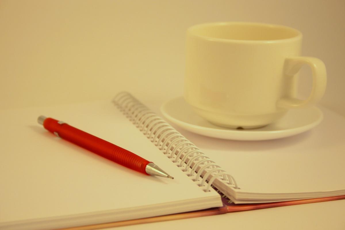 Meglio scegliere di pubblicare con una casa editrice o in self-publishing?