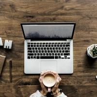Se vuoi guadagnare dalla scrittura, NON pubblicare con una casa editrice!