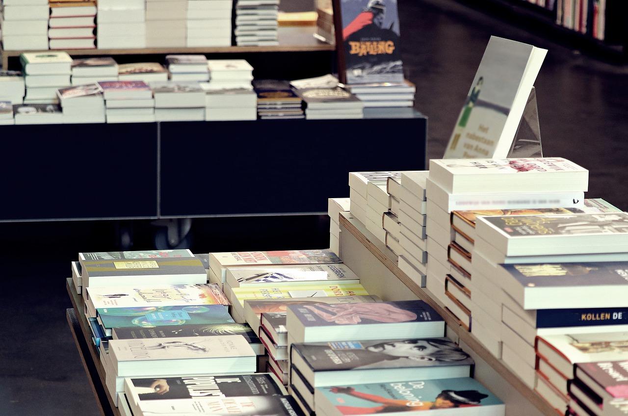Il tuo libro non uscirà nel Paese delle Meraviglie.